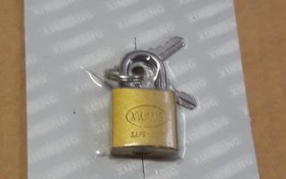 Riippulukko 38 mm 2 avainta ( Uusi )