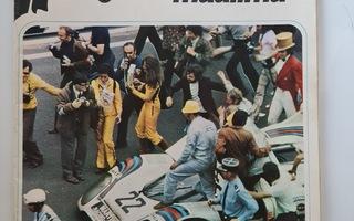 1971  7  Vauhdin Maailma