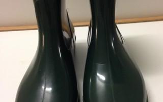 Kumisaappaat PVC tummanvihreät, Italy, koko 41
