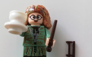figuuri Harry Potter professor trelawney