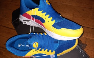 Livergy trainers Limited Lidl fan collection (44 EUR)