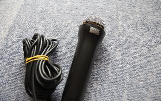 Rock Band mikrofoni / mikki [Wii, PS2, PS3, Xbox 360, PC]