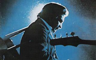 Johnny Cash - At San Quentin (CD+9) HYVÄ KUNTO!! Remastered