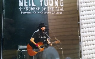 """Neil Young & Promis Of The Real Do-CD """"Live Pomona 2016"""