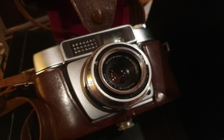 Vanha filmikamera Adox polomat 1
