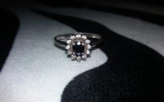 Diana hopea sormus kivellä 925