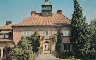 Luvia , Niemenkylä Villa Petrell  väri  p182