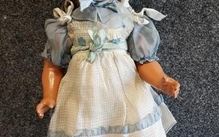 Vanha nukke alkuperäiset vaatteet !
