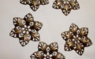 Upea filigraani kukka askarteluun/tuunaukseen
