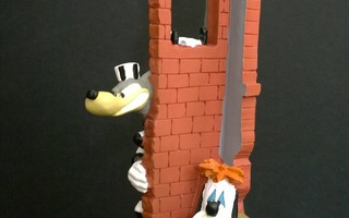 Figuurit, Patsaat, yms. 002 – Wolf, Droopy, Susi